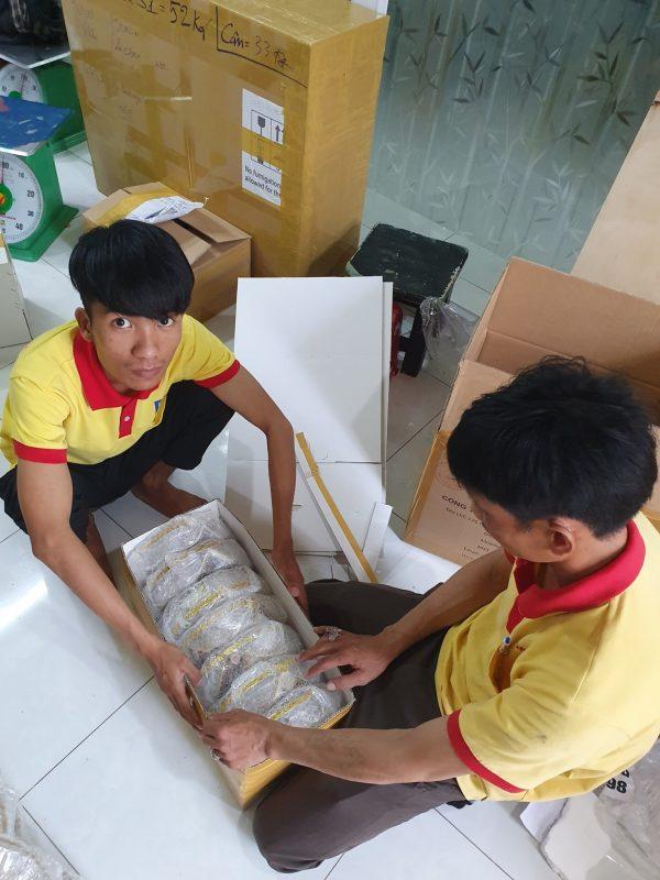 Gửi hàng Yến sào đi Mỹ tại Nha Trang